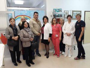 Djelatnici Samostalne narodne knjižnice Gospić posjetili su dječji odjel Opće bolnice Gospić